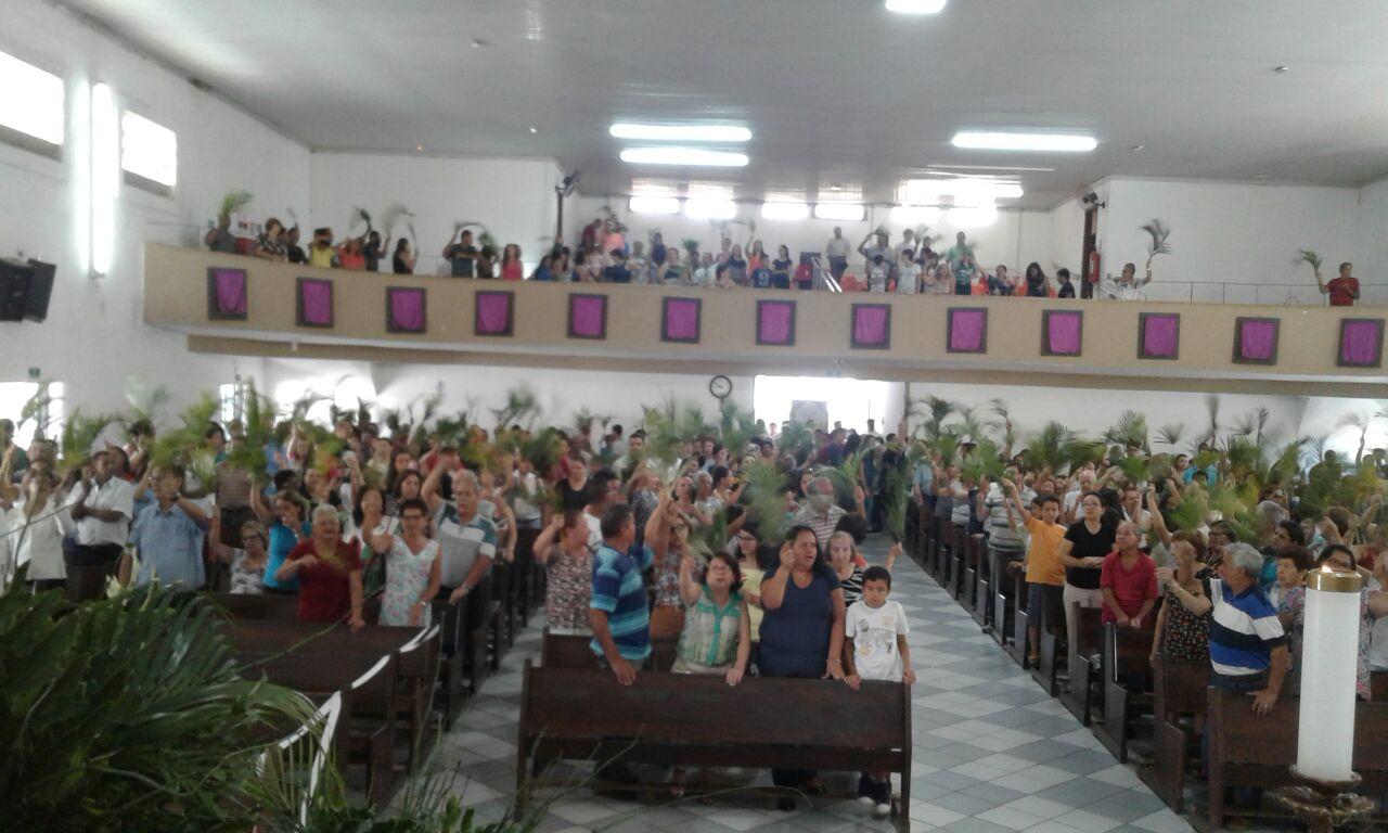 Paróquia de São Pedro Apóstolo divulga horário das missas no período natalino
