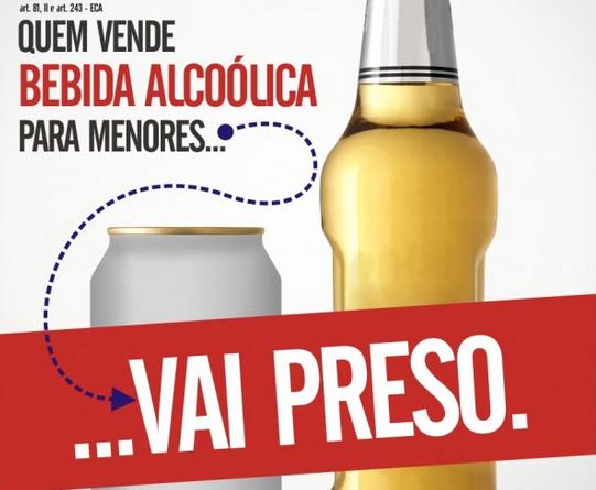 É crime: vender bebida alcoólica para menor pode fechar estabelecimento