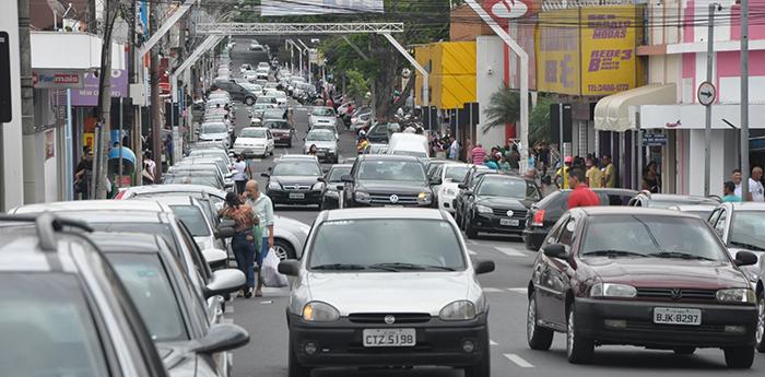 Abertura do comércio em Garça será facultativa nesta sexta-feira