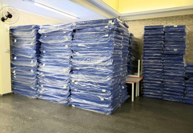 Administração adquire mais de 450 colchonetes para as escolas municipais