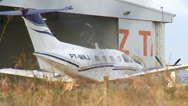 Avião com a dupla Zé Neto e Cristiano faz pouso de emergência em Marília